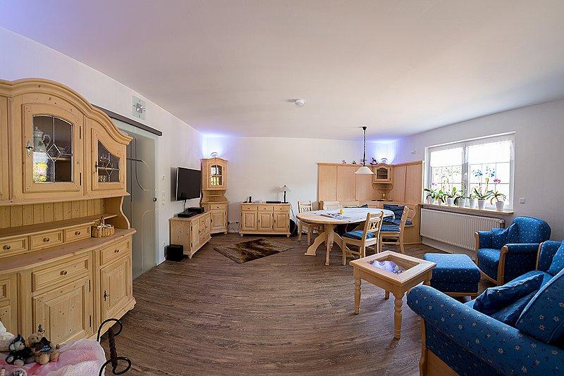 referenzen landhausm bel shop dietersheim massivholz. Black Bedroom Furniture Sets. Home Design Ideas